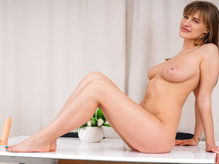 Stormy sexmassage freeview